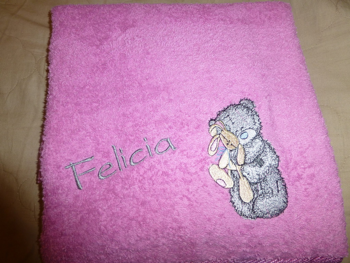 Pink towel embroidered with tatty teddy