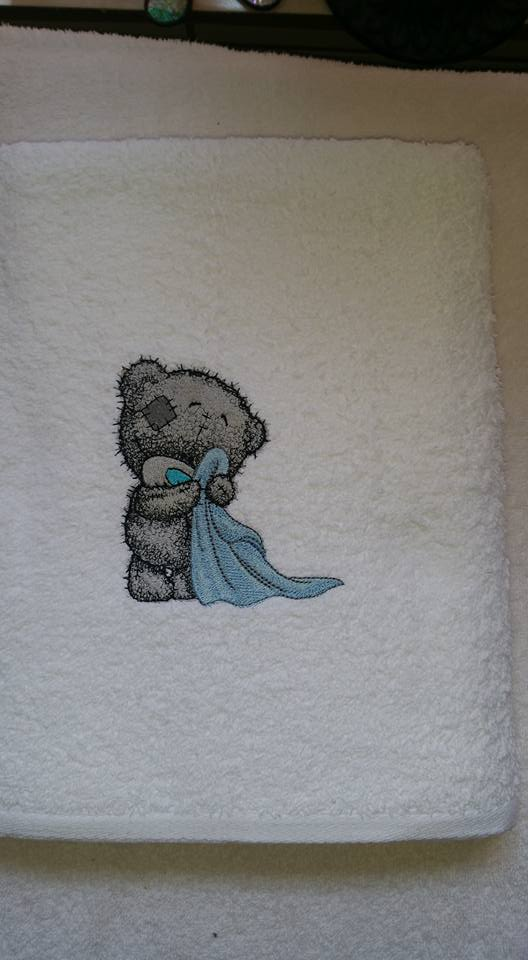 White bath towel with Teddy Bear in the bathroom embroidery