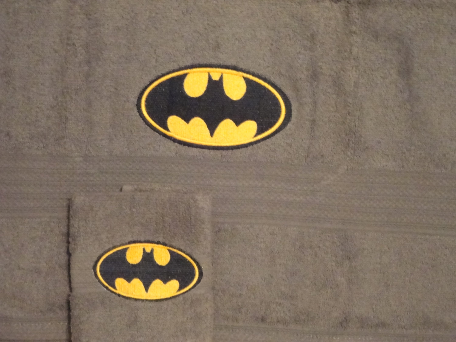 Batman logo design on towel17