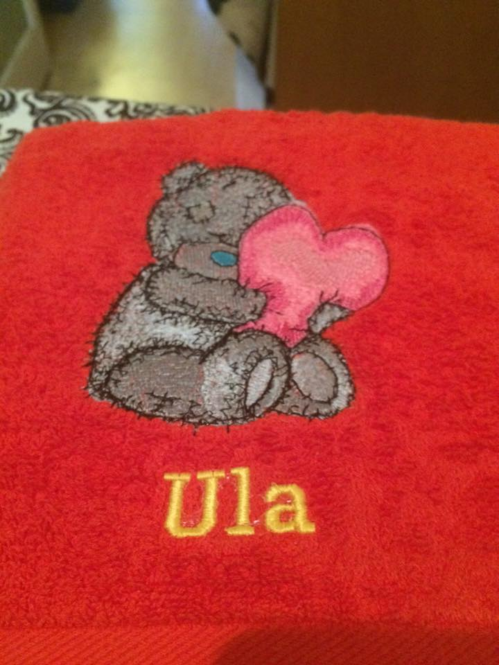 Red bath towel with Teddy Bear and heart embroidery design