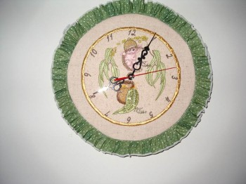 Clock embroidered with gumnut babies