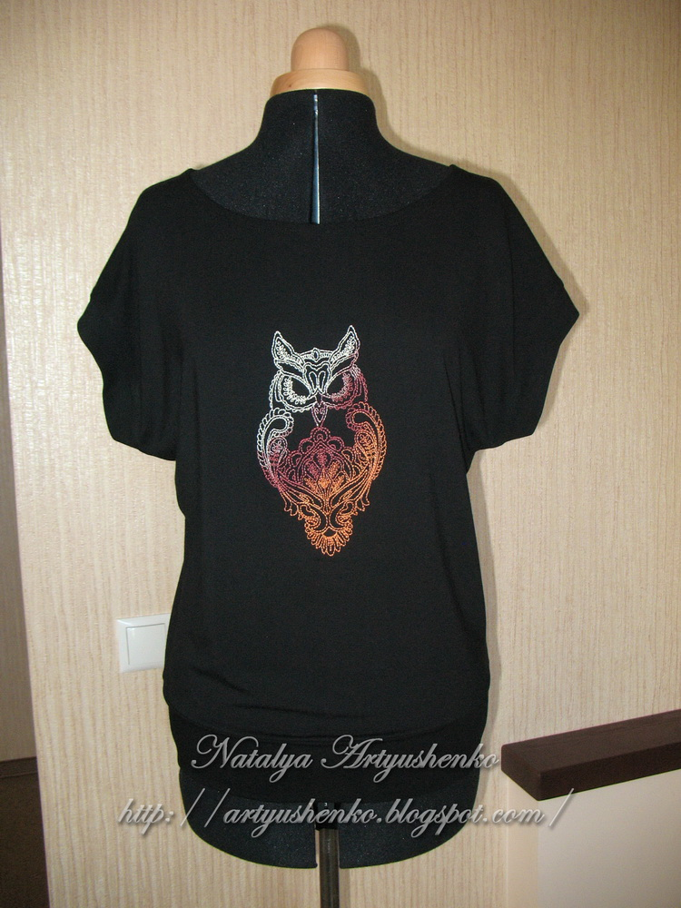 Owl blend design on blouse embroidered