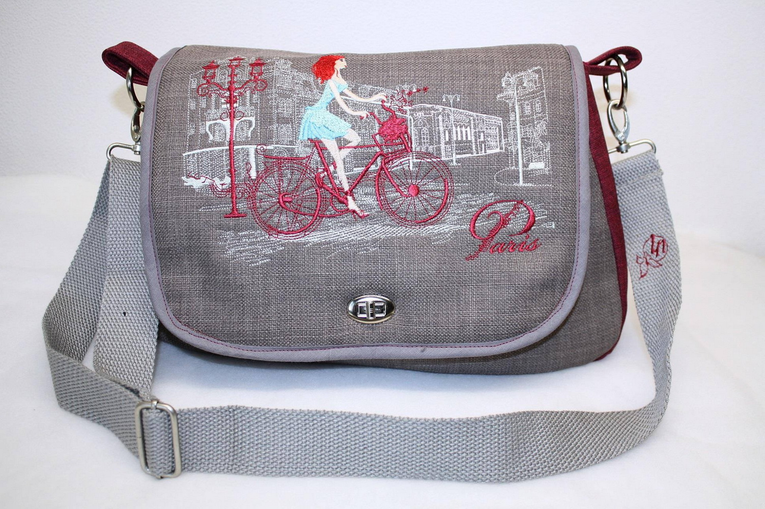 Paris travel embroidery design on bag