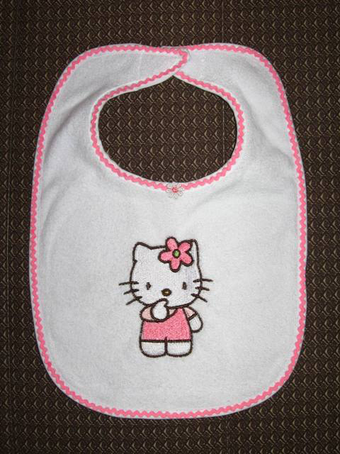 Embroidered white bib with Hello Kitty