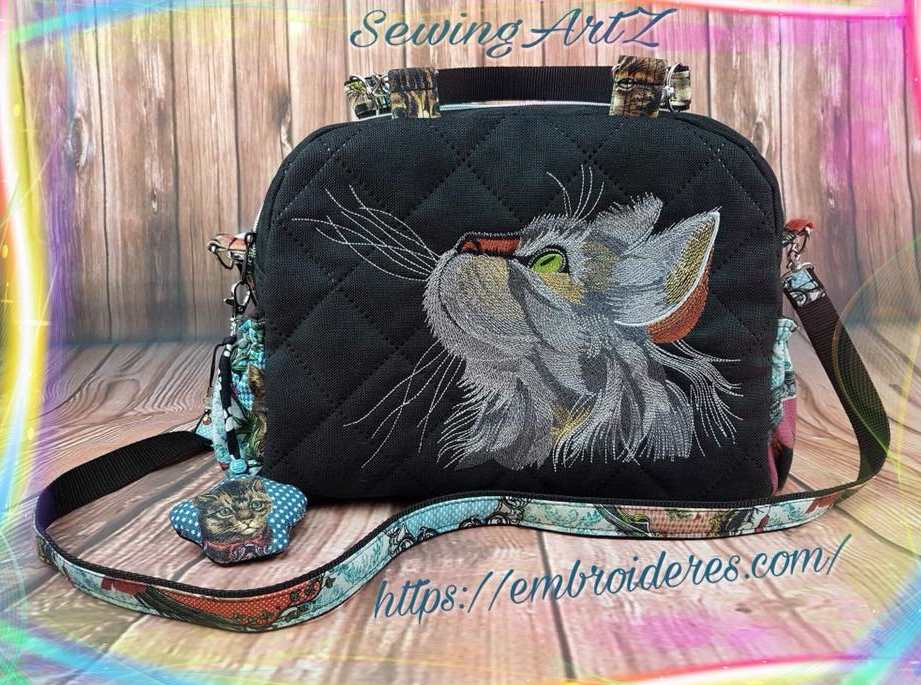 Woman's fashion bag with Curious cat embroidery design