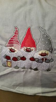 Chrishtmas Dwarves design embroidered design