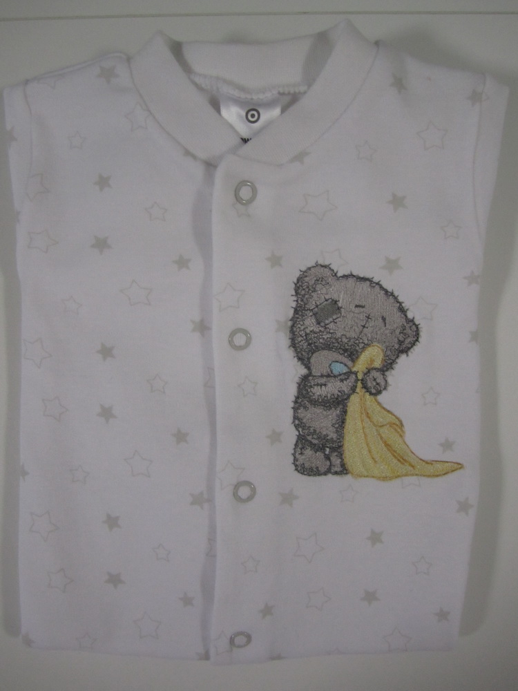 Embroidered baby teddy bear on baby wear