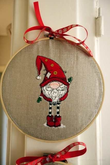 Wood round frame with Сhristmas dwarf embroidery design