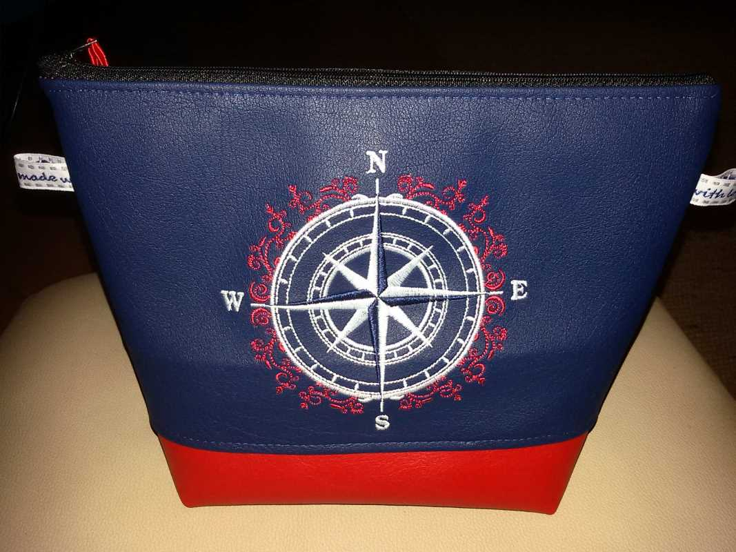 Embroidered bag in marine style