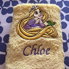 Tangled design on towel embroidered