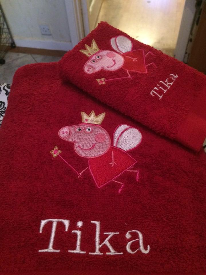 Towel with Peppa Pig fairy embroidery design