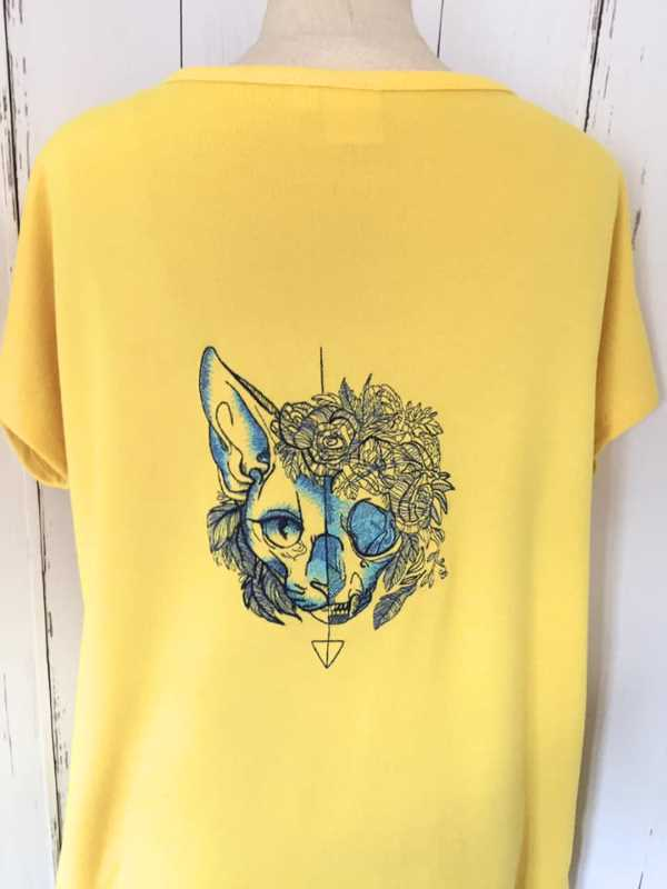 Womens shirt with cat muzzle embroidery design