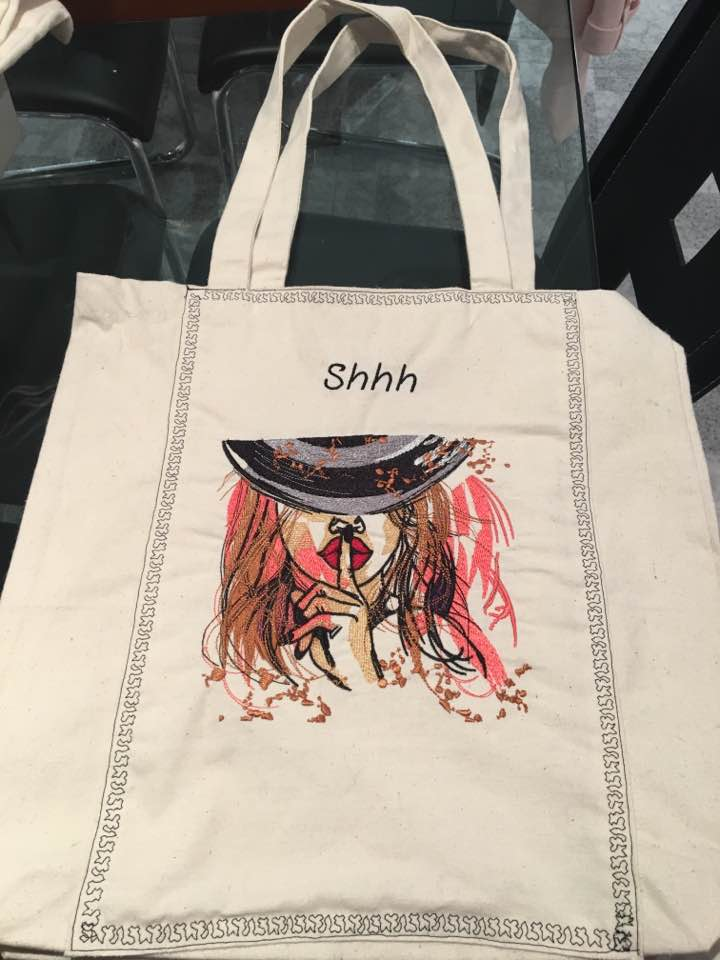 beach bag with red hair sexy lady embroidery design