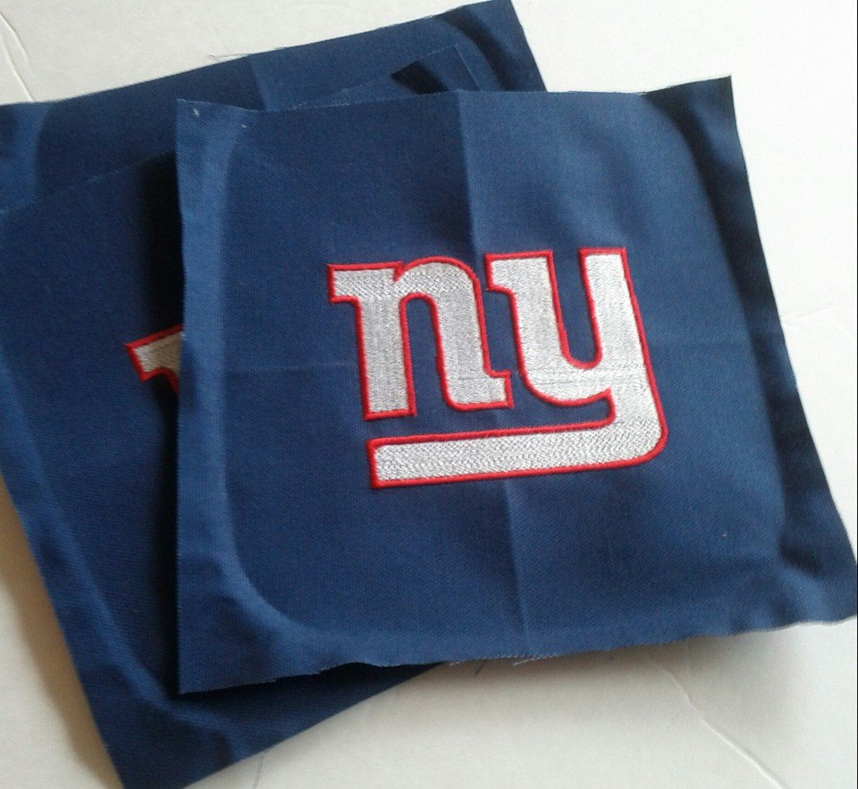 New York Giants Logo design on pillowcase embroidered