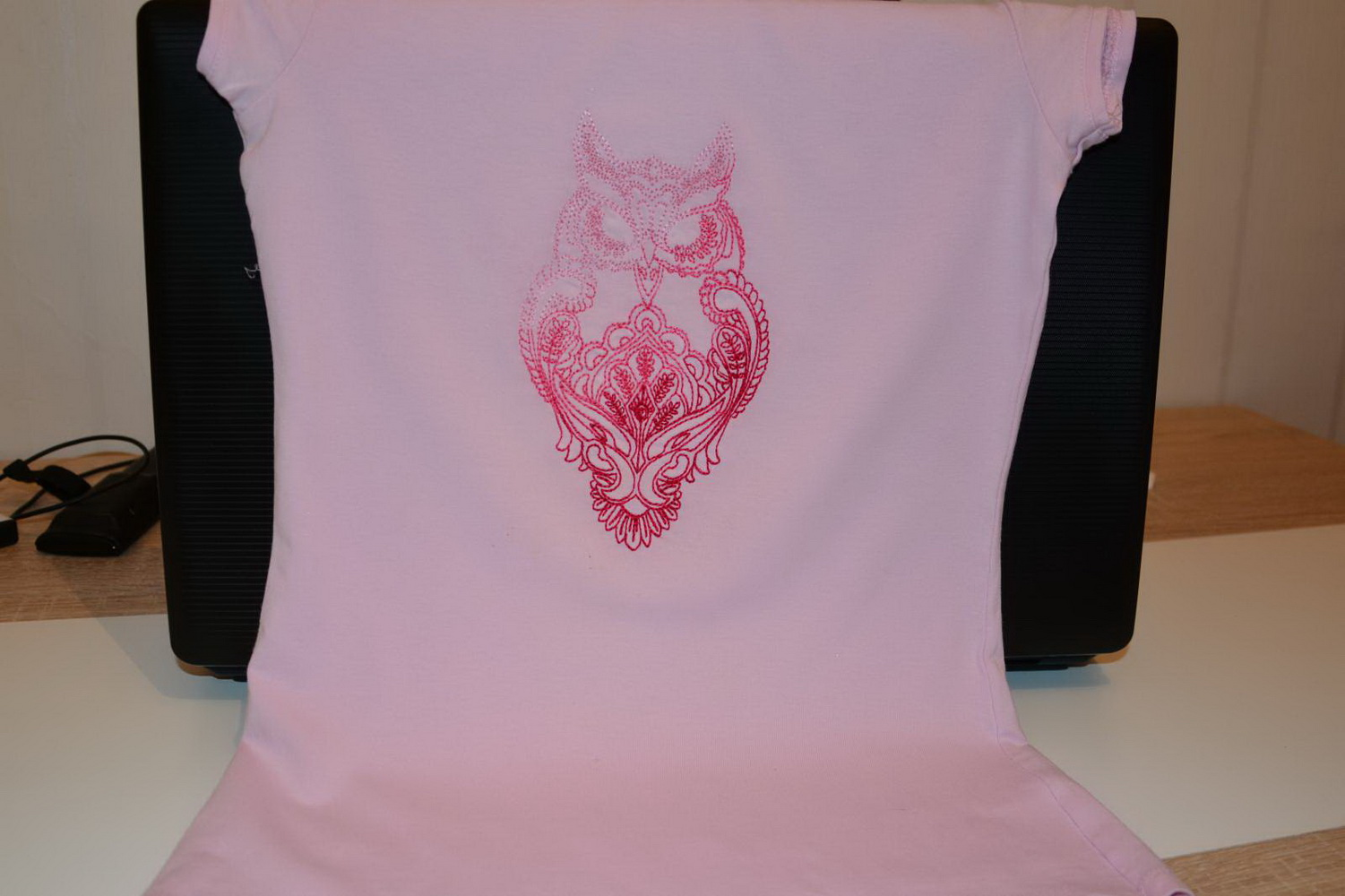 Owl blend design on t-shirt embroidered