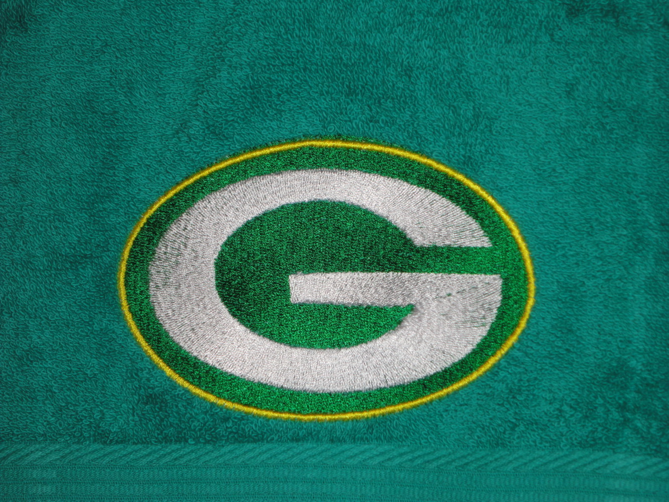 Green Bay Packers logo embroidery design on bath towel