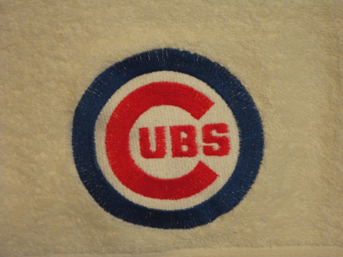 Chicago Cubs Logo classic design on towel embroidered