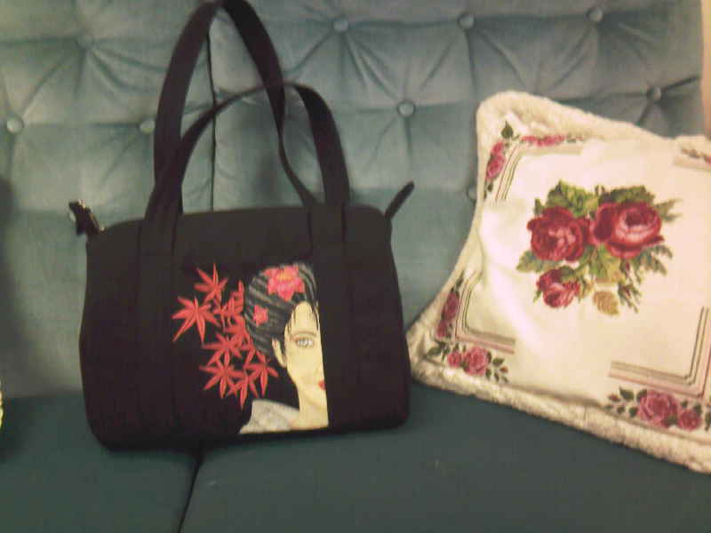 Embroidered Geisha with flower on bag
