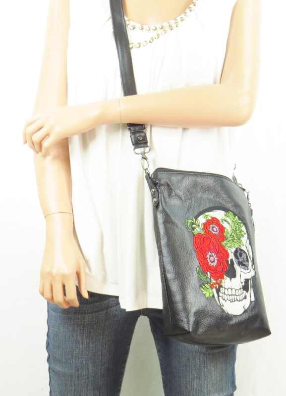 Leather bag with Skull and Roses embroidered
