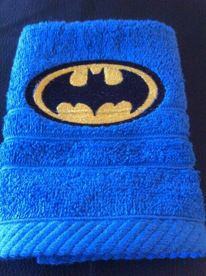 Batman logo design on towel4