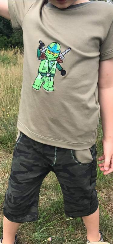 t-shirt with Lego Ninjago Green Ninja Lloyd ZX embroidery design