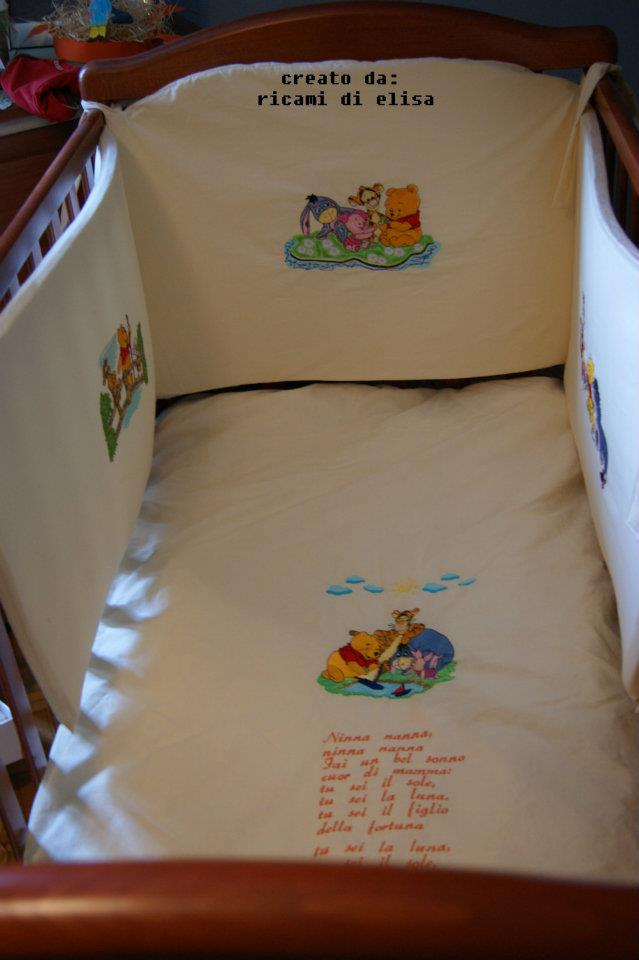 Winnie Pooh and friends on embroidered bed bumper