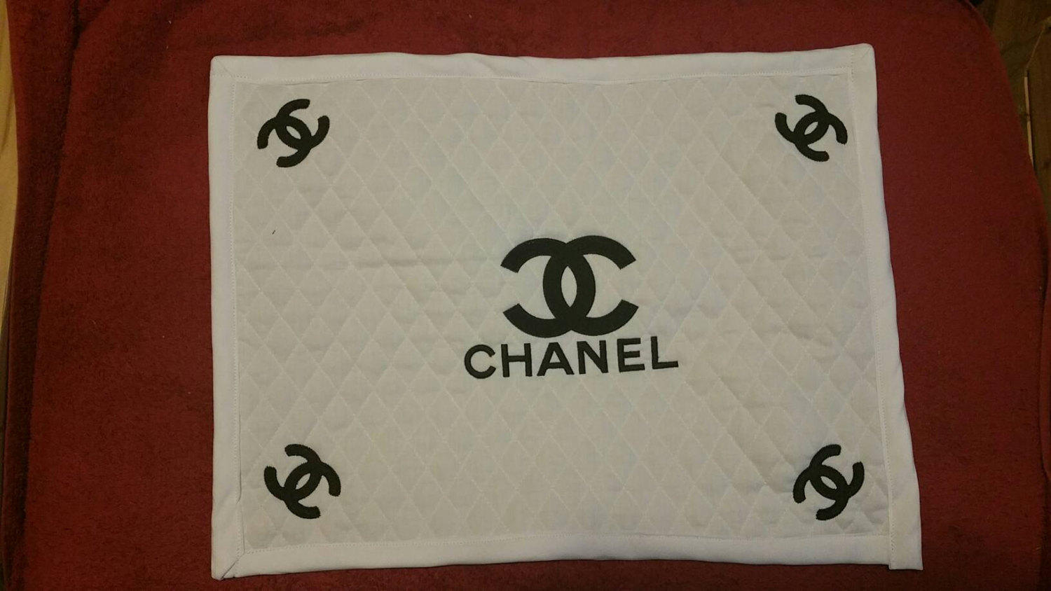 chanel_logo_embroidered6.jpg