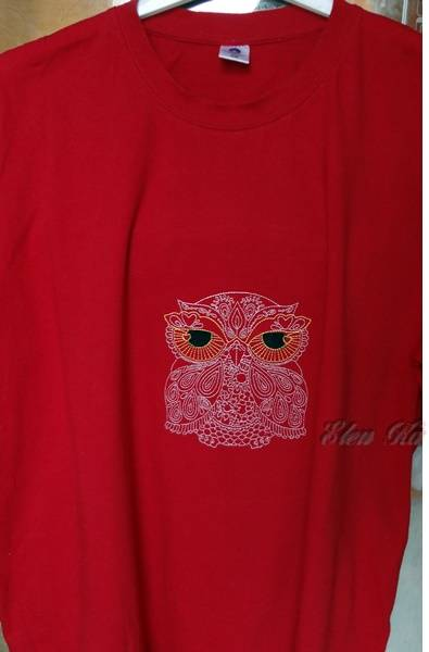 Owl redwork design on t-shirt embroidered