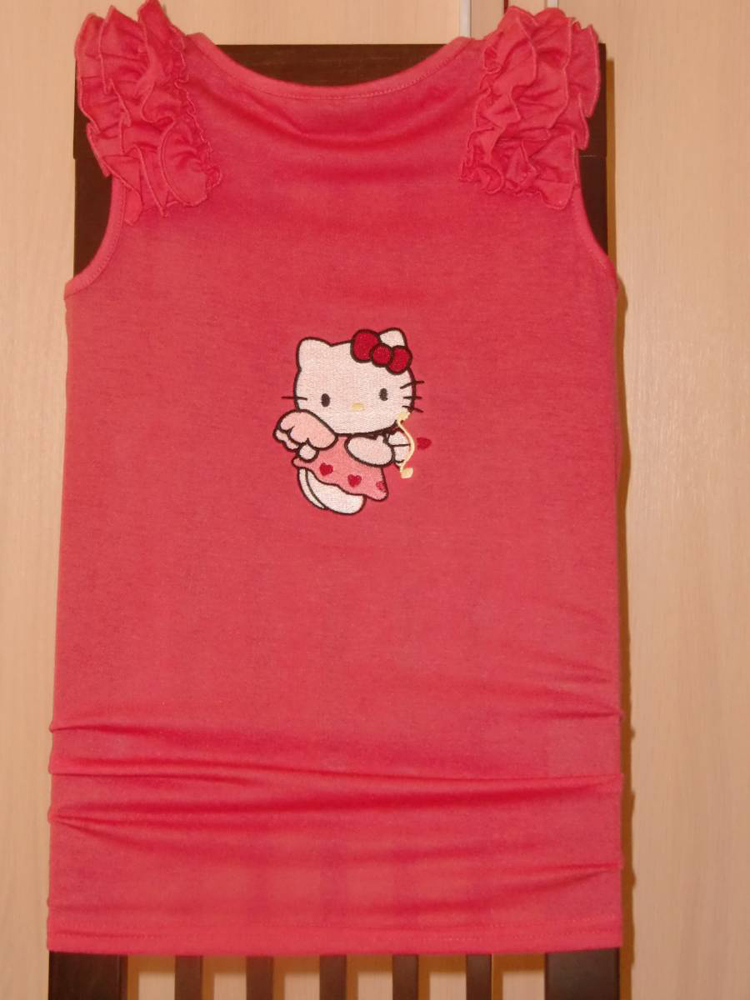 Hello Kitty cupid design embroidered on t-shirt