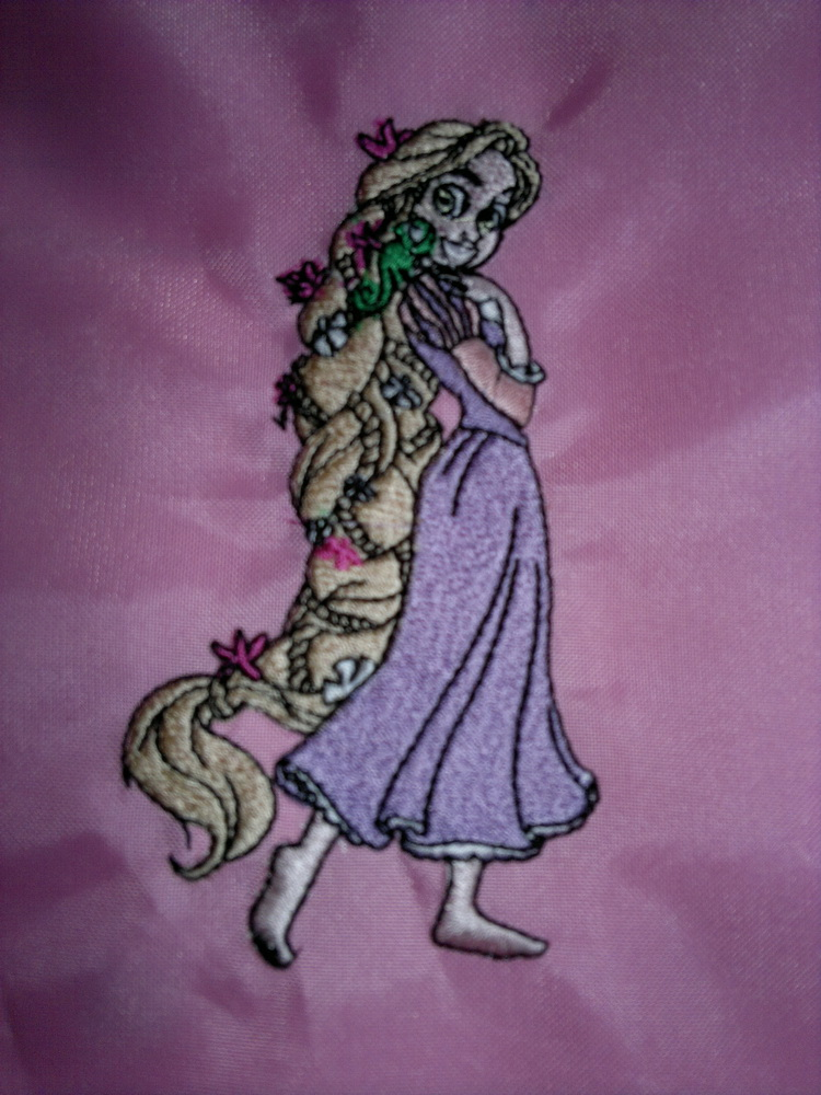 Tangled beautiful design embroidered