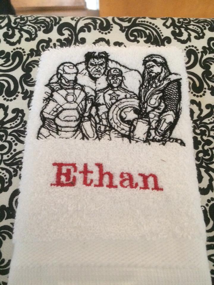 Towel embroidered with Avengers