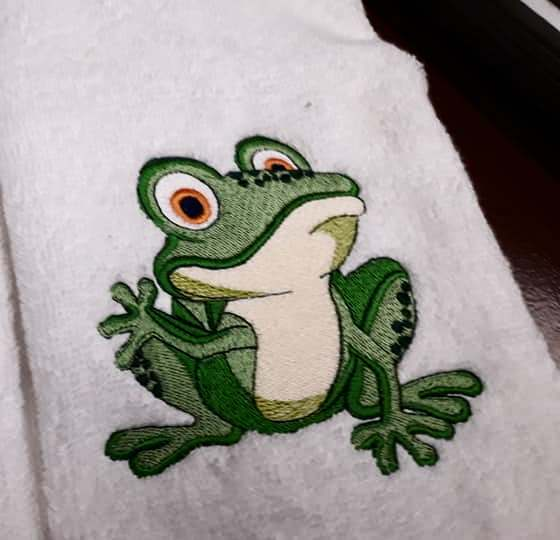 Small funny frog embroidery design