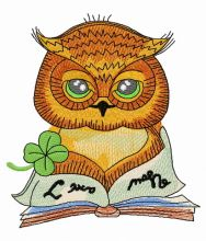 Clever owl reading a book 2