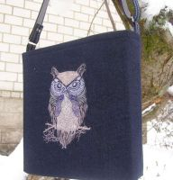 Embroidered shopping bag with tribal bag
