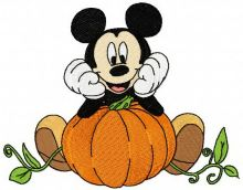 Mickey Mouse grows pumpkin