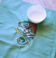 Kitchen napkin with Chameleon embroidery