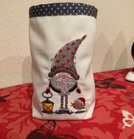 Adorable Christmas basket with dwarf embroider design