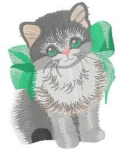 Kitten with bow