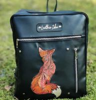 Embroidered handbag with Dreaming fox design