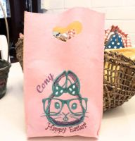 Embroidered bag with easter bunny free design