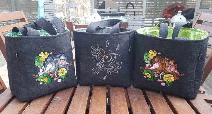 Bags with birds embroidery