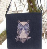 Shopping bag with bird embroidery