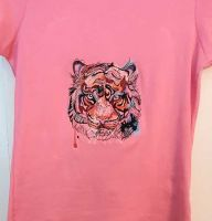 Embroidered shirt with tiger bloody muzzle design